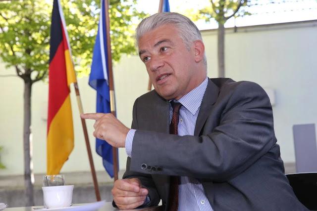 Προκλητική ανάρτηση του Γερμανού πρέσβη για τον Αλή Πασά