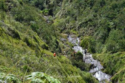 Menuju pos 3 Puncak Sejati Gunung Sumbing - Backpacker Manyar