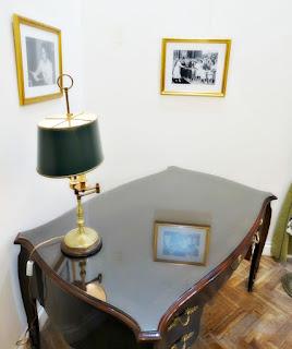 Mesa de Evita Perón - Museo Numismático, Buenos Aires
