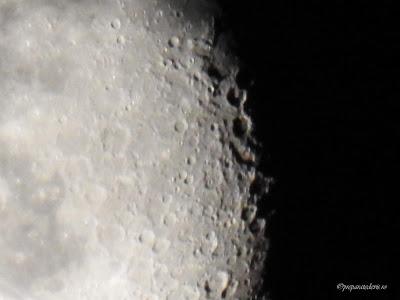 Cratere de pe Luna fotografie Nikon,