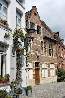 travel blog lifestyle belgium