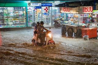 7 Cara Menanggulangi Banjir Saat Musim Hujan Tiba