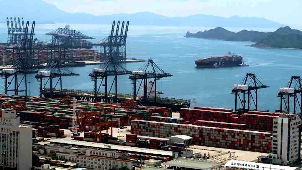 Colapso nos portos da China ameaça comércio mundial