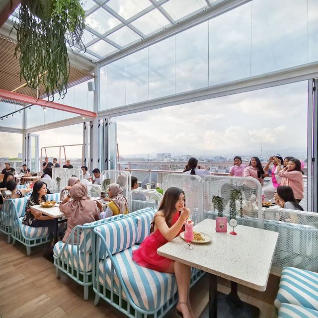 Alamat dan Harga Menu Level Six Cafe & Bar Bandung Terbaru