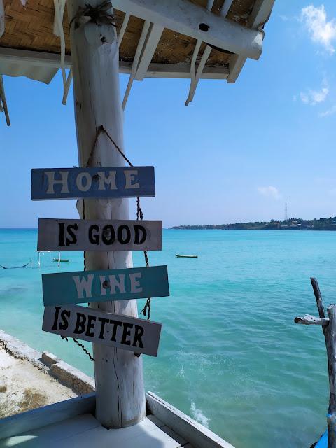 dekorasi island beach nusa ceningan