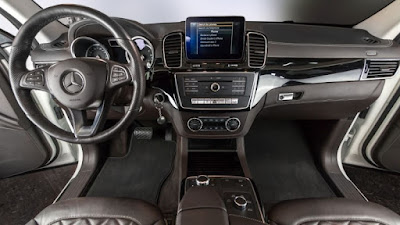 Tekstilni tepisi za auto dodaju bolji izgled automobilima