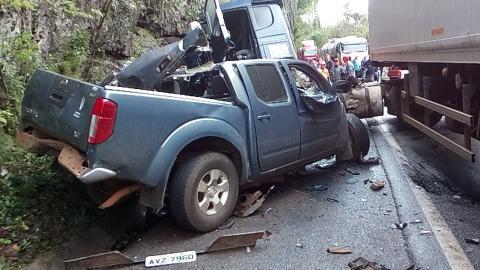 Duas pessoas mortas e uma ferida em grave acidente na 277 em Virmond