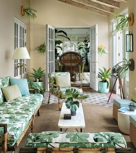 Palm Beach Design Tropical Leaf Theme Sunroom