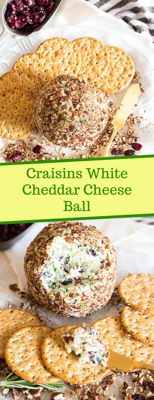 Craisins White Cheddar Cheese Ball #cheeseball #cheddar #christmas