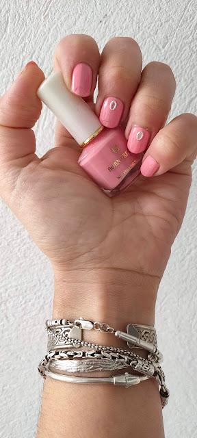4 esmaltes rosa para esta primavera (y sus 4 manicuras) 03