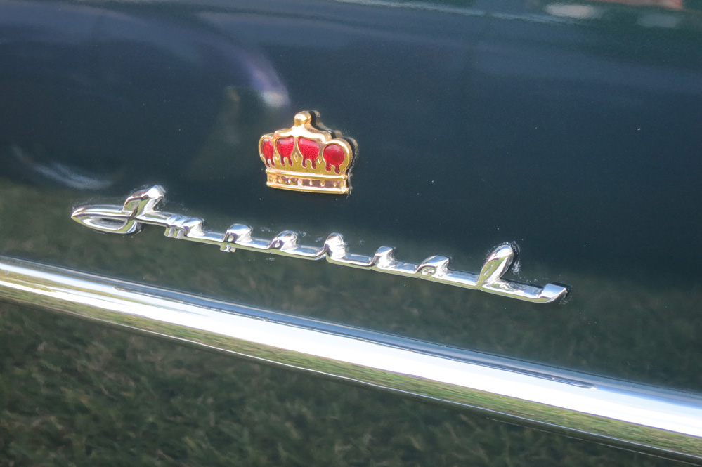Imperial name and crown on car.