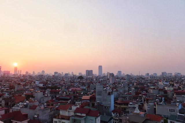 sunset-in-hanoi-vietnam ハノイの夕暮れ
