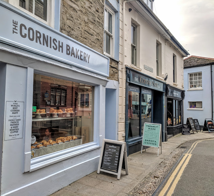 A Morning in Padstow : What to do with Kids  - Cornish Bakery