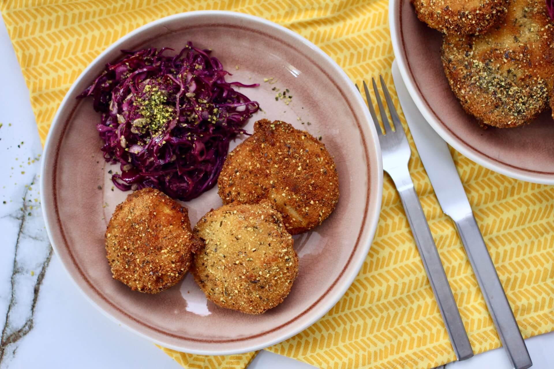 Rezept Kürbisschnitzel mit knackigem Krautsalat