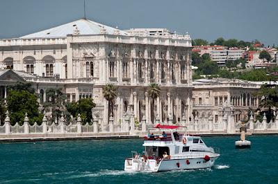Dolmabahçe Sarayı Denizden