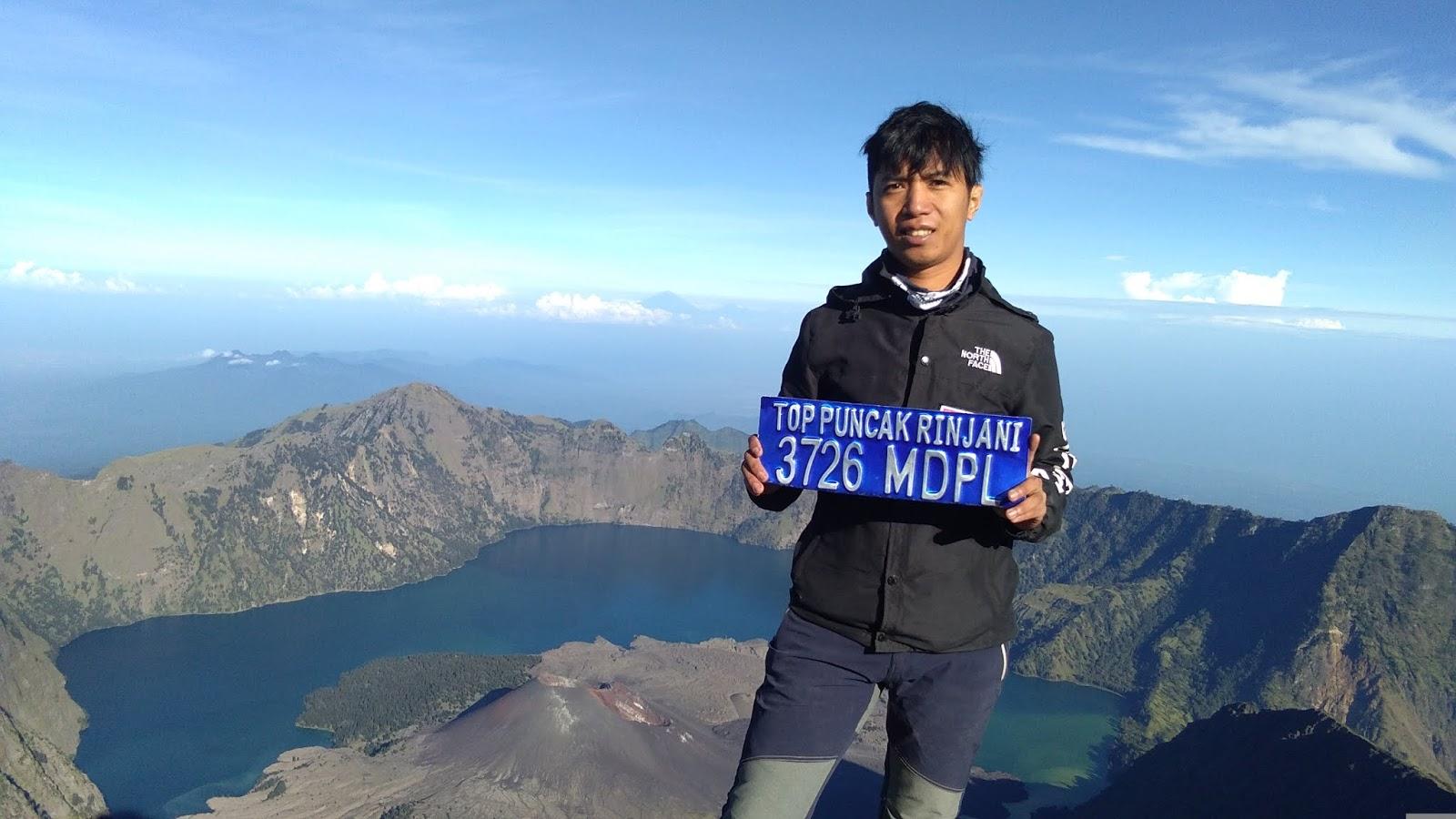 7 Summit Mountain Indonesia