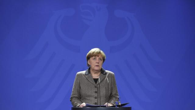 Μέσα στον πανικό του το Βερολίνο υποχωρεί καίγοντας γη στην Ευρώπη