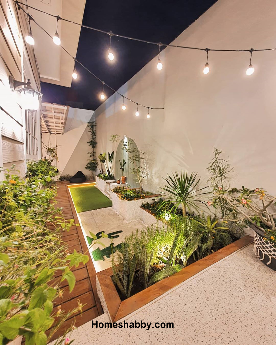 Inspirasi Taman Belakang Rumah Yang Asri Dan Sebagai Resapan Air Homeshabby Com Design Home Plans Home Decorating And Interior Design