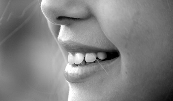 How to Reduce Teeth Sensitivity | Causes Of Sensitive Teeth | PintFeed