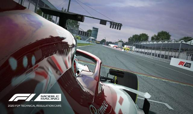 تحميل لعبة F1 MOBILE RACING مهكرة  للأندرويد (أفضل لعبة سباق 2020 اموال غير محدودة))