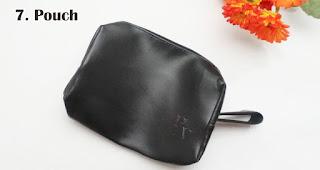 Pouch merupakan salah satu aksesoris handphone yang cocok dijadikan souvenir