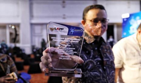 Usai Diperiksa Polisi, Anies Malah Raih Penghargaan, Tagar <i>#AniesForPresidenRI2024</i> Menggema