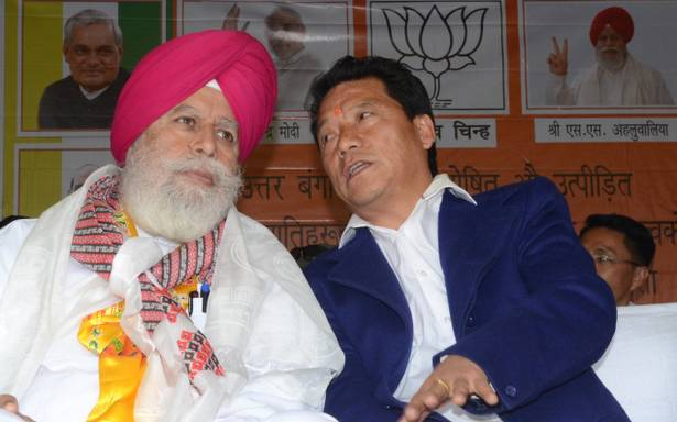 Darjeeling MP SS Ahluwalia with GJM chief Bimal Gurung