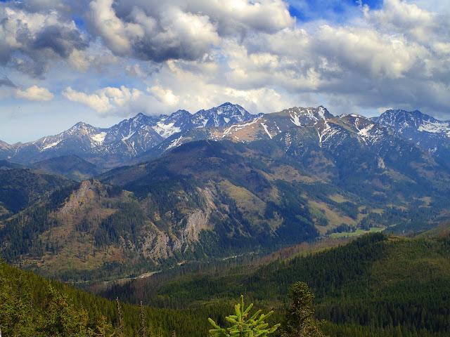 Gęsia Szyja oferuje fantastyczne panoramy na Wysokie i Bielskie
