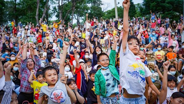 參山處邀紙風車巫頂環遊世界 遊客擠爆清水岩露營區