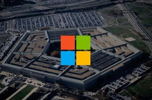 Microsoft challenges Amazon over cloud contracts