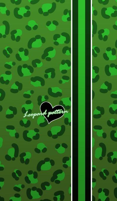 Leopard pattern -Green & hearts-
