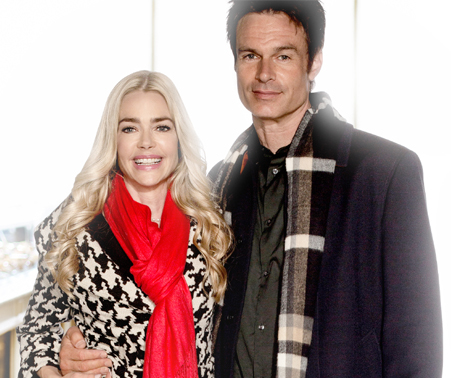 A Christmas Reunion.Its A Wonderful Movie Your Guide To Family And Christmas