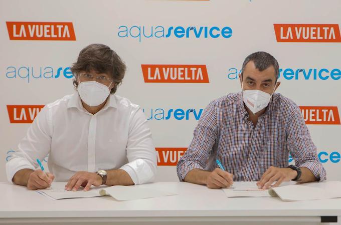 La Vuelta a España será la primera grande en la que no se usarán botellas de plástico de un único uso gracias a Aquaservice