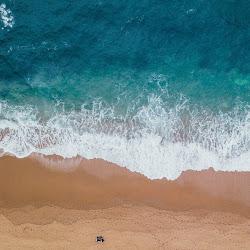 Kenanganku Di Pantai Dreamland