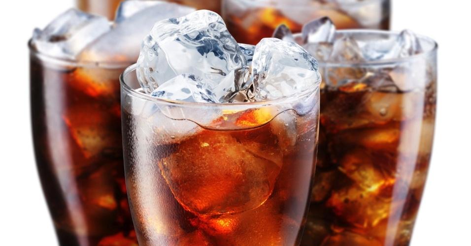 Refrigerantes contém ingredientes causadores de câncer revelam estudos