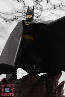 S.H. Figuarts Batman (1989) 19
