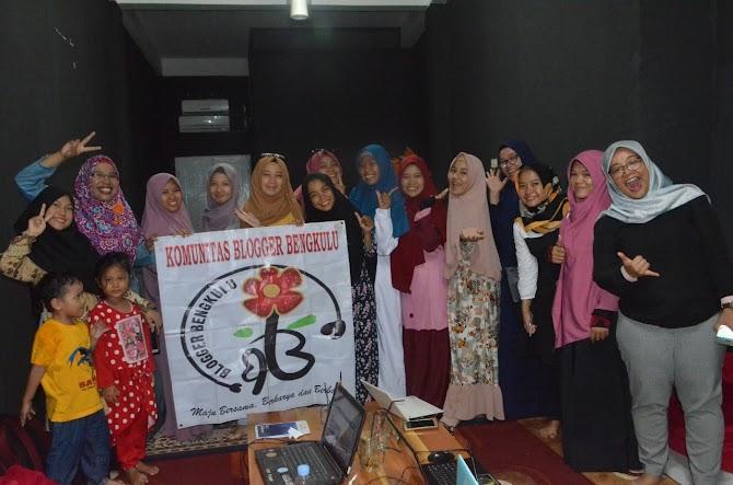 Kelas Blog Utak-atik Template Bersama Blogger Bengkulu