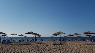 Clothes & Dreams: 48 hours in Crete, Heraklion. Beach