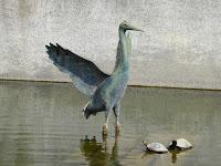 大阪天満宮 星合池 水鳥のオブジェ