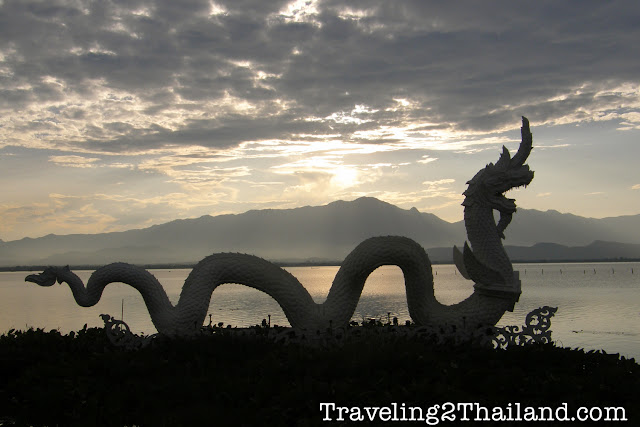 Destination Travel Guide Phayao by Traveling 2 Thailand.