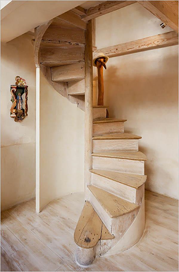 Rustik chateaux seleccion de escaleras caracol cual elegir - Escaleras de caracol en madera ...