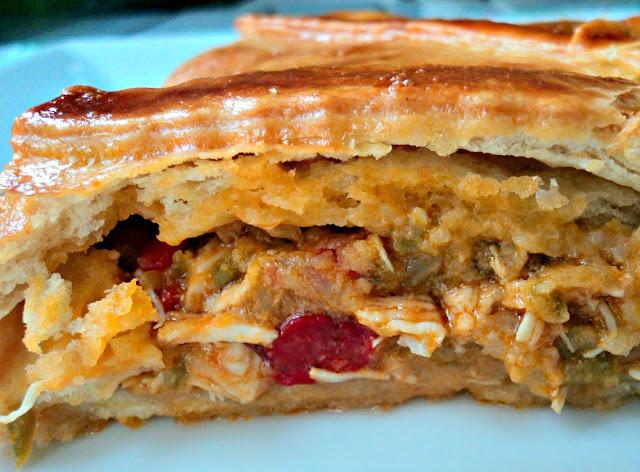 empanada-gallega-pollo-corte