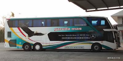 Foto Bus Garuda Mas Tingkat DD Samping