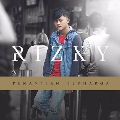 Download Lagu Risky Febian - Penantan Berharga. MP3