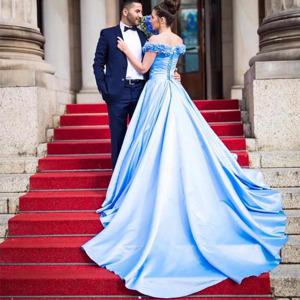 Por qué el vestido de bodas tiene que ser blanco, por qué no azul ...