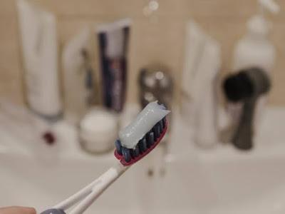 كيفية فرش الأسنان بشكل صحيح