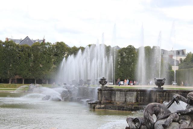 法國巴黎凡爾賽宮花園,海魔王水舞