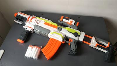 súng Nerf bắn pin 2