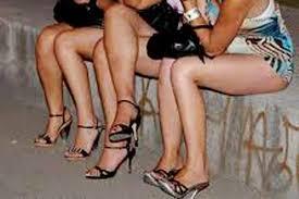 Rok Mini vs Celana Gemes Bikin Kardiman Geleng-Geleng