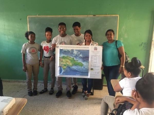 """ANAMAR continúa llevando el mar a las Escuelas con """"Exploración Azul"""""""